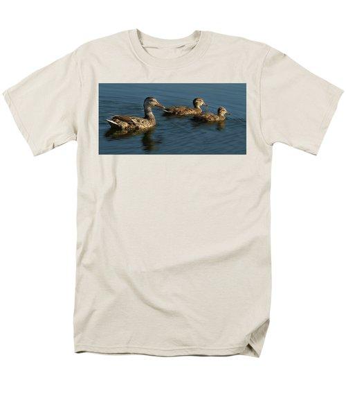 Mallard Family Outing Men's T-Shirt  (Regular Fit) by Jean Noren