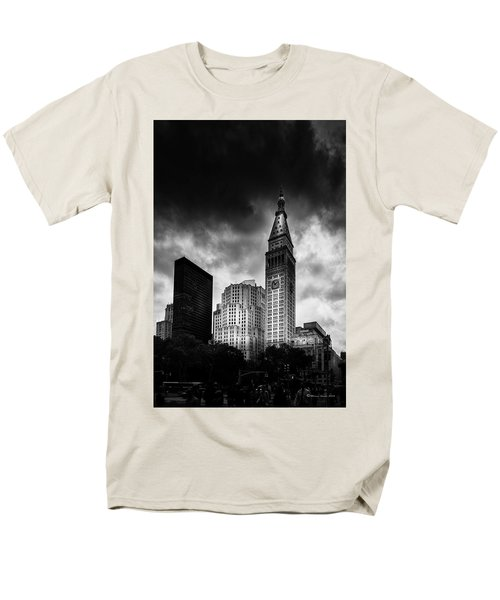 Men's T-Shirt  (Regular Fit) featuring the photograph Met-life Tower by Marvin Spates
