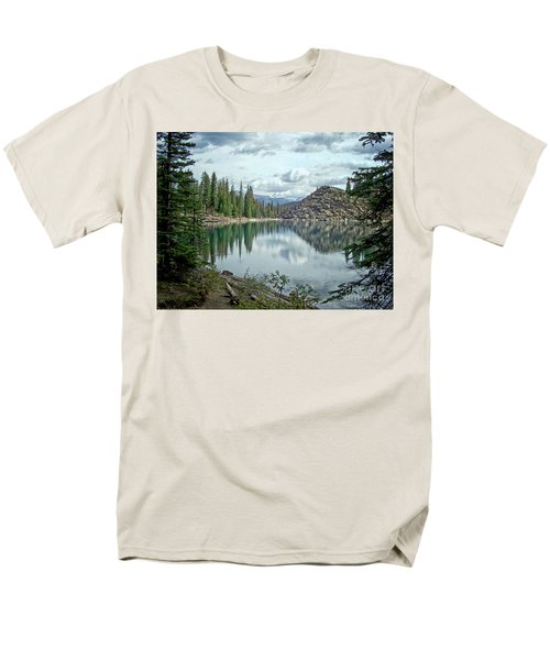 Moraine Lake Canadian Rockies Men's T-Shirt  (Regular Fit)
