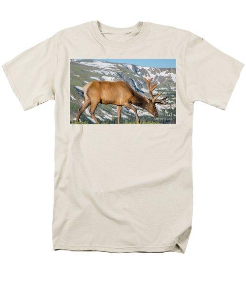 Mountain Top Elk Men's T-Shirt  (Regular Fit) by John Roberts