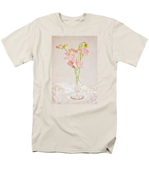 Old Fashioned Sweet Peas Men's T-Shirt  (Regular Fit) by Sandra Foster