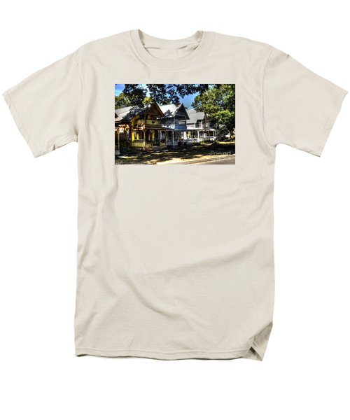 Old Homes Martha's Vineyard Men's T-Shirt  (Regular Fit) by Donald Williams