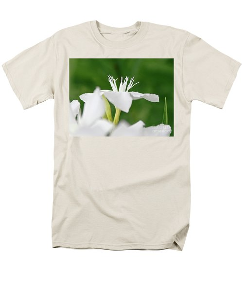 Oleander Ed Barr 1 Men's T-Shirt  (Regular Fit) by Wilhelm Hufnagl