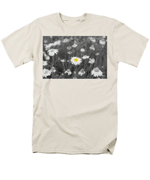 Men's T-Shirt  (Regular Fit) featuring the photograph Oopsy Daisy by Benanne Stiens
