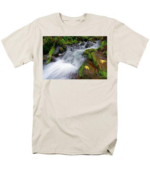 Oregon Cascade Men's T-Shirt  (Regular Fit) by Jonathan Davison