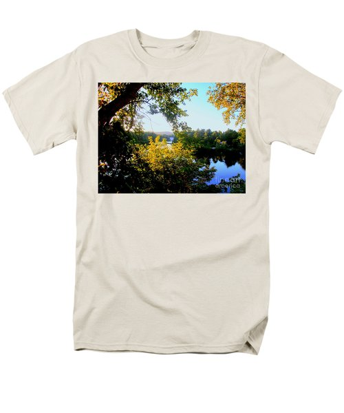 Men's T-Shirt  (Regular Fit) featuring the photograph Rawdon by Elfriede Fulda