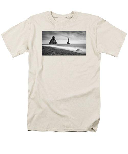Reynisfjara  Men's T-Shirt  (Regular Fit) by Brad Grove