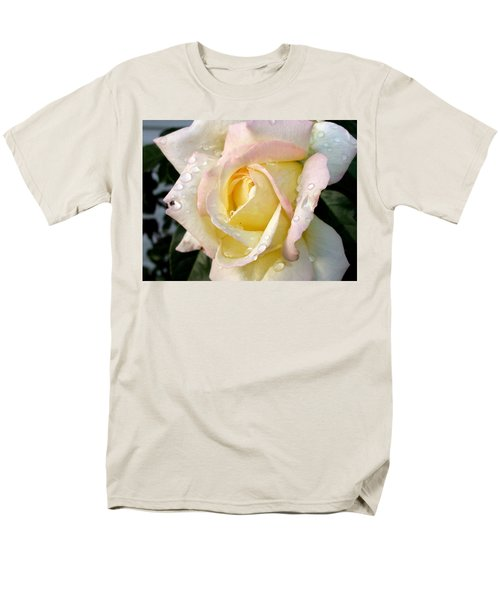Men's T-Shirt  (Regular Fit) featuring the photograph Rose And Raindrops by Cynthia Lassiter