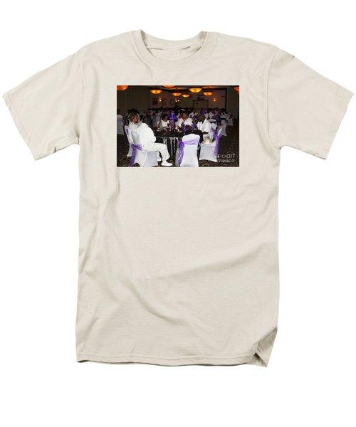 Sanderson - 4553 Men's T-Shirt  (Regular Fit) by Joe Finney