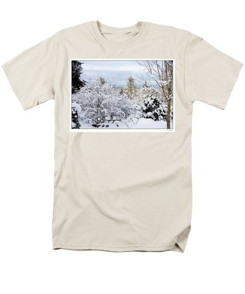 Men's T-Shirt  (Regular Fit) featuring the photograph Saratoga Winter Scene by Lise Winne