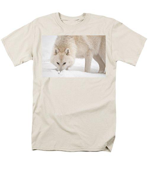 Snow Nose Men's T-Shirt  (Regular Fit) by Michael Cummings