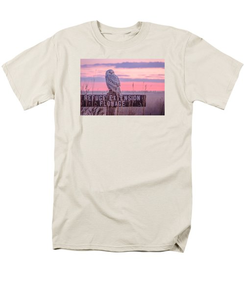 Men's T-Shirt  (Regular Fit) featuring the photograph Snowy In The Meadow by Kelly Marquardt
