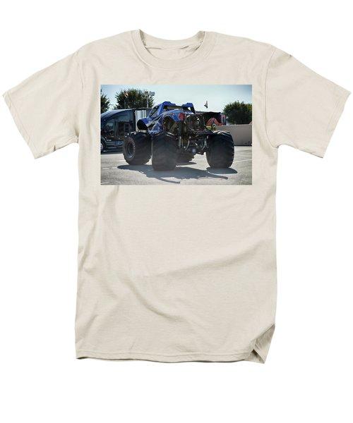 Steer Me Men's T-Shirt  (Regular Fit) by Bill Dutting
