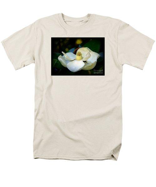Men's T-Shirt  (Regular Fit) featuring the photograph Summer Magnolia by Lisa L Silva