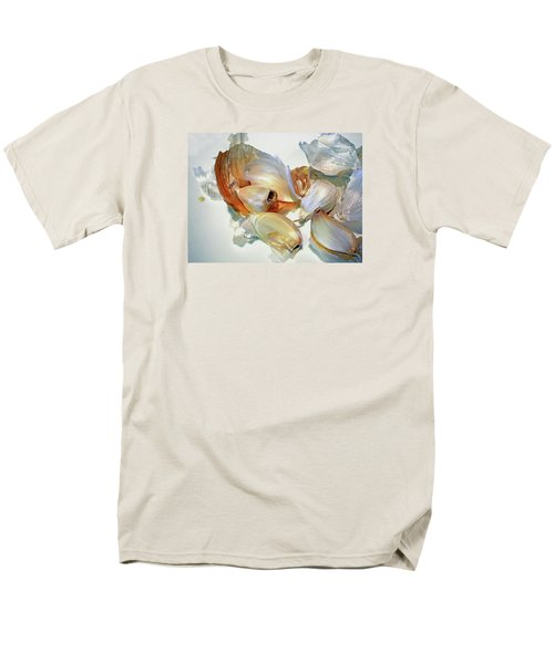 The Beauty Of Garlic Men's T-Shirt  (Regular Fit) by Lynda Lehmann