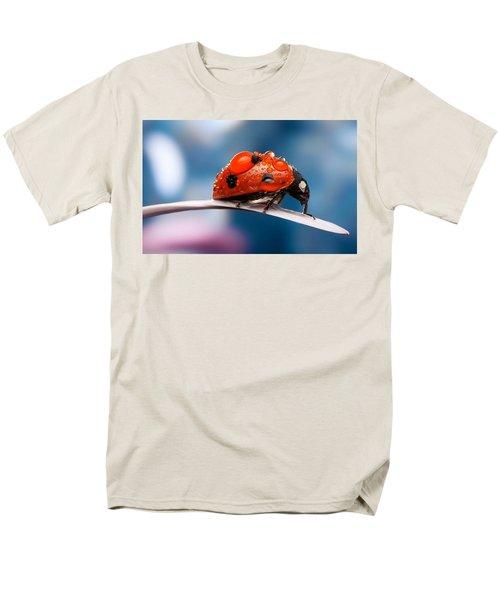 The Bug Men's T-Shirt  (Regular Fit) by Thomas M Pikolin