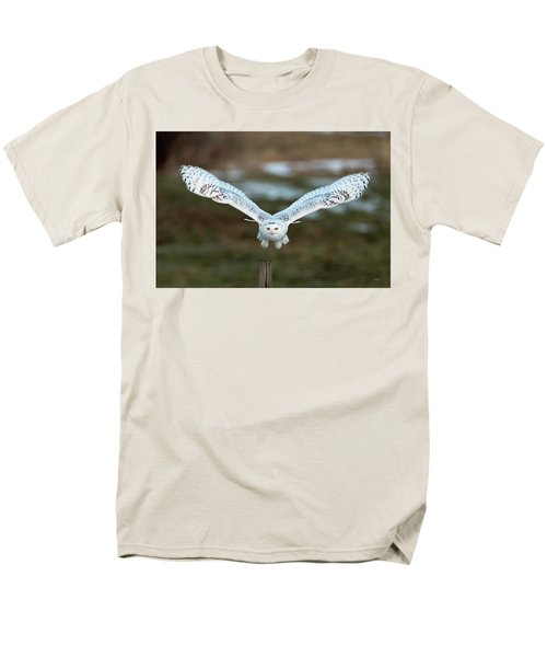 Men's T-Shirt  (Regular Fit) featuring the photograph The Eyes Of Intent by Everet Regal