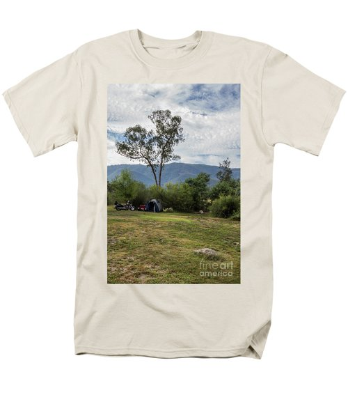 Men's T-Shirt  (Regular Fit) featuring the photograph The Good Life by Linda Lees