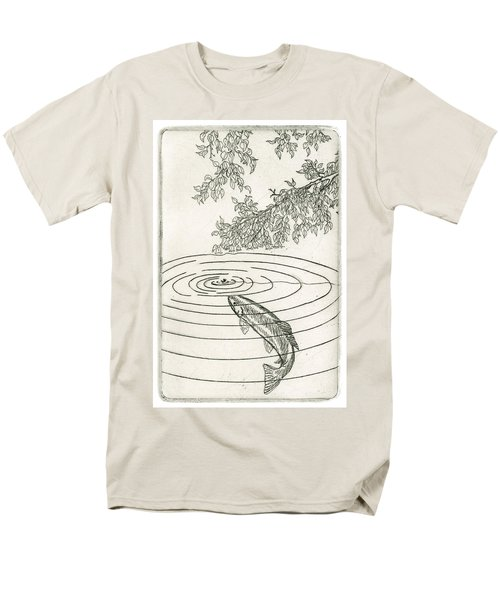 Trout Rising To Dry Fly Men's T-Shirt  (Regular Fit)