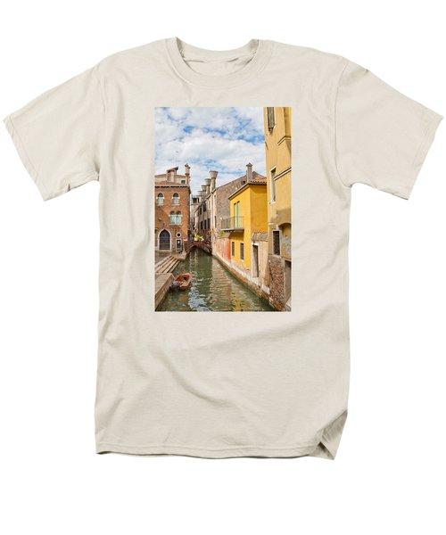 Venice Canal Men's T-Shirt  (Regular Fit) by Sharon Jones