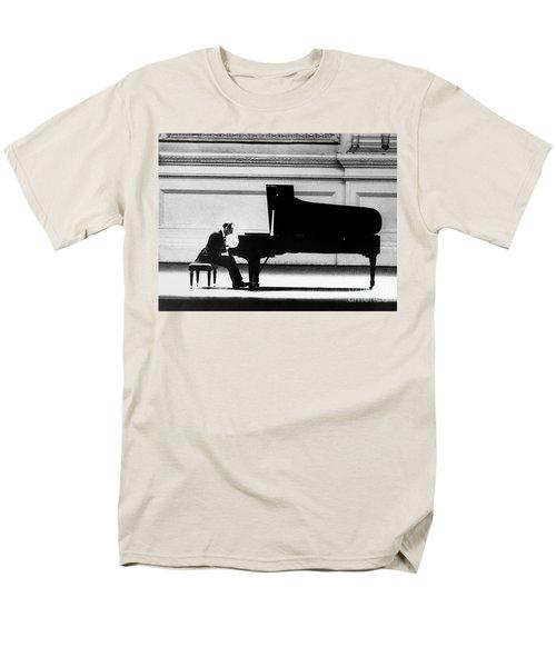 Vladimir Horowitz Men's T-Shirt  (Regular Fit) by Granger
