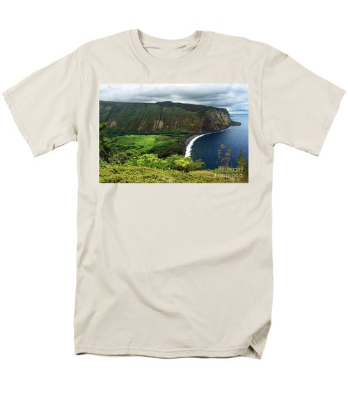 Waipio Valley Men's T-Shirt  (Regular Fit)