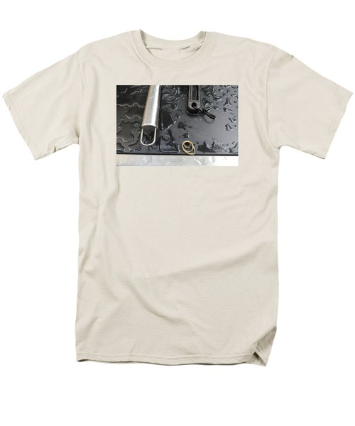 Men's T-Shirt  (Regular Fit) featuring the photograph Water On The Bbq  by Lyle Crump