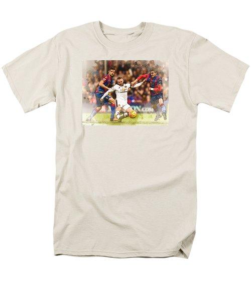 Wayne Rooney Shoots At Goal Men's T-Shirt  (Regular Fit) by Don Kuing