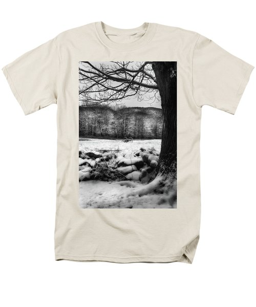 Men's T-Shirt  (Regular Fit) featuring the photograph Winter Dreary by Bill Wakeley