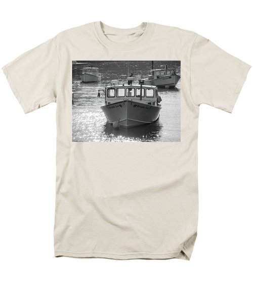 Men's T-Shirt  (Regular Fit) featuring the photograph Winter Harbor, Maine  by Trace Kittrell