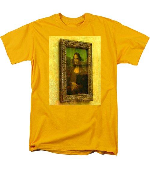 Glance At Mona Lisa Men's T-Shirt  (Regular Fit) by Oleg Zavarzin