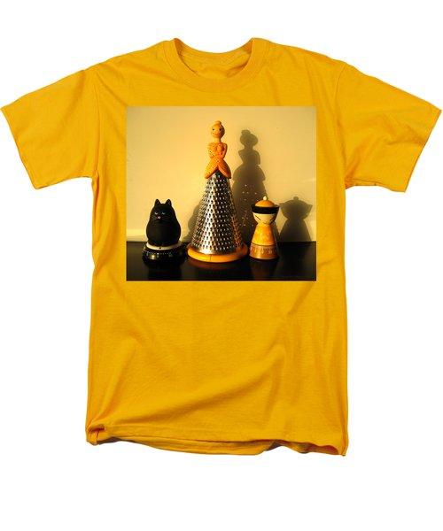 Happy Family Men's T-Shirt  (Regular Fit) by Leena Pekkalainen