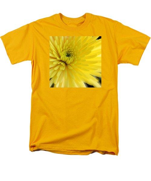 Lemon Mum Men's T-Shirt  (Regular Fit) by The Art of Alice Terrill