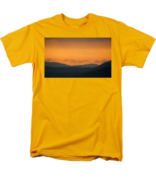 Adirondacks Men's T-Shirt  (Regular Fit)