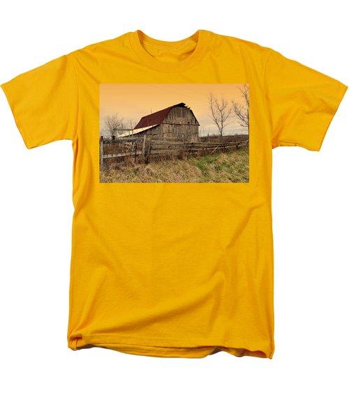 Men's T-Shirt  (Regular Fit) featuring the photograph Ozark Barn 1 by Marty Koch