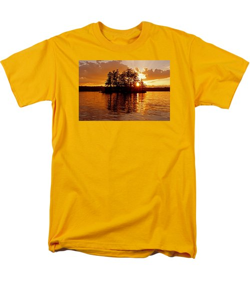 Men's T-Shirt  (Regular Fit) featuring the photograph Clarity Of Spirit by Lynda Lehmann
