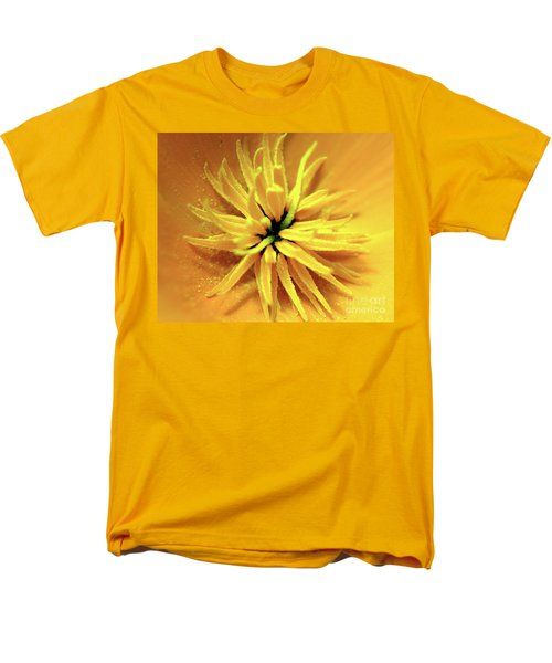 Californian Poppy Macro Men's T-Shirt  (Regular Fit)