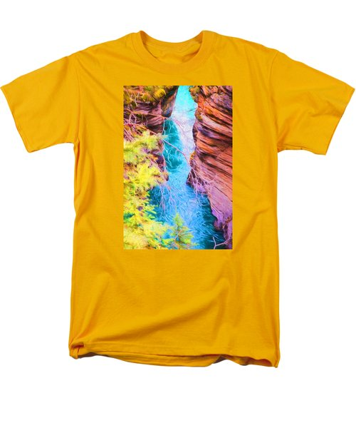 Clear Alpine Water Men's T-Shirt  (Regular Fit)