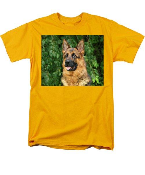 Men's T-Shirt  (Regular Fit) featuring the photograph Intriguing Ida by Sandy Keeton