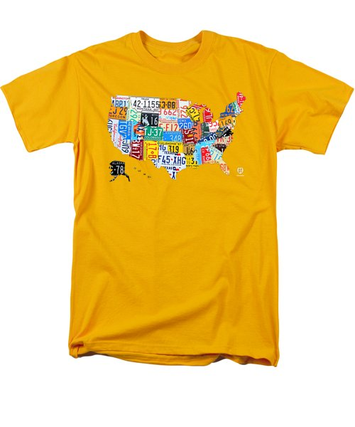 License Plate Art Map Of The United States On Yellow Board Men's T-Shirt  (Regular Fit)