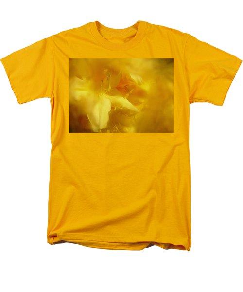 Men's T-Shirt  (Regular Fit) featuring the photograph Mellow Yellow by Richard Cummings
