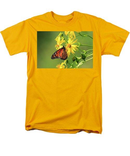 Monarch Butterfly Men's T-Shirt  (Regular Fit) by Gary Hall