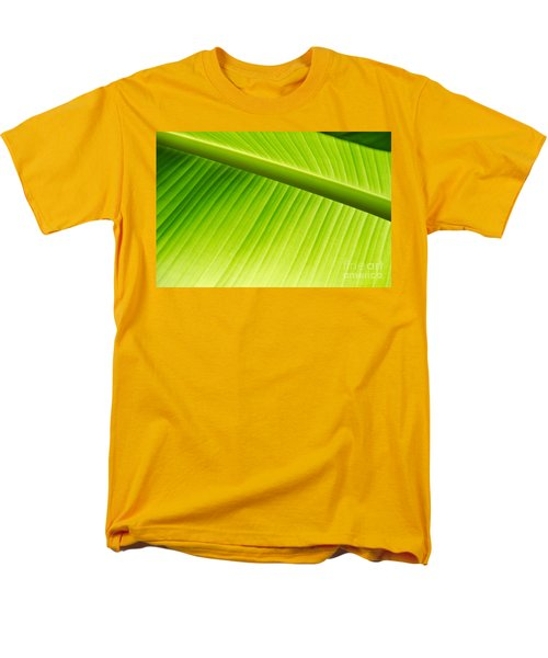 Palm Leaf Background Men's T-Shirt  (Regular Fit) by Yurix Sardinelly