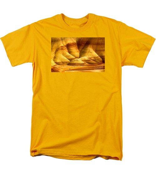 The Painted Hills Men's T-Shirt  (Regular Fit)
