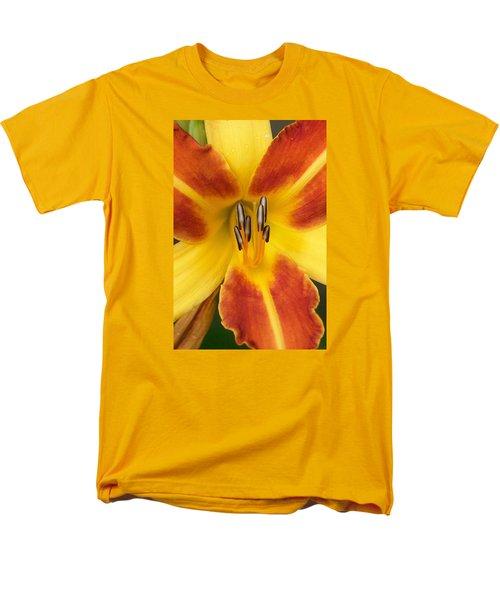 Vibrant Lilly Men's T-Shirt  (Regular Fit) by Tiffany Erdman