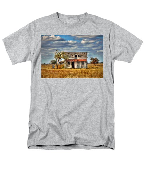Men's T-Shirt  (Regular Fit) featuring the photograph Old Home by Savannah Gibbs