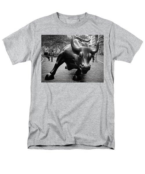 The Wall Street Bull Men's T-Shirt  (Regular Fit)