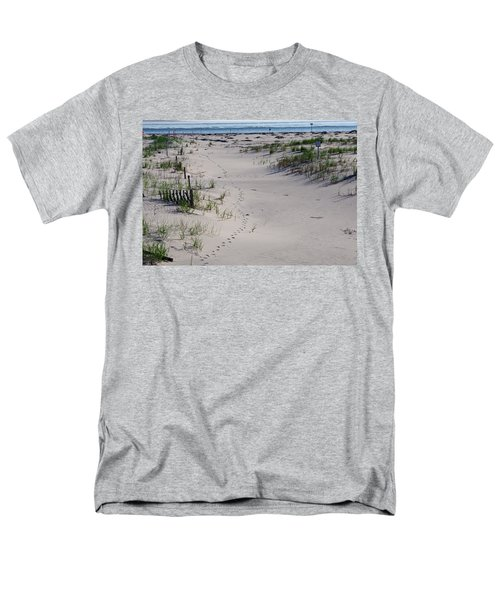 Men's T-Shirt  (Regular Fit) featuring the photograph A Gull's Walk To The Ocean by Greg Graham