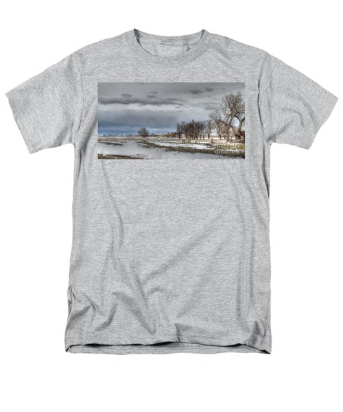 Men's T-Shirt  (Regular Fit) featuring the photograph Ardmore Prairie by Bill Gabbert