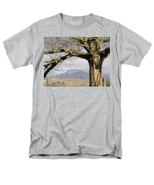 Men's T-Shirt  (Regular Fit) featuring the photograph Capture The Moment by Tiffany Erdman
